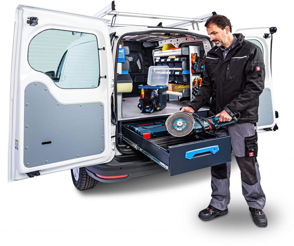 VW Caddy con estantería para furgoneta SR5 y cajones de gran volumen Jumbo-Unit de Sortimo